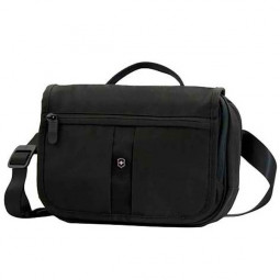 Сумка наплечная VICTORINOX Commuter Pack горизонтальная, чёрная, нейлон 800D, 24x7x18 см, 3 л \ 31174501